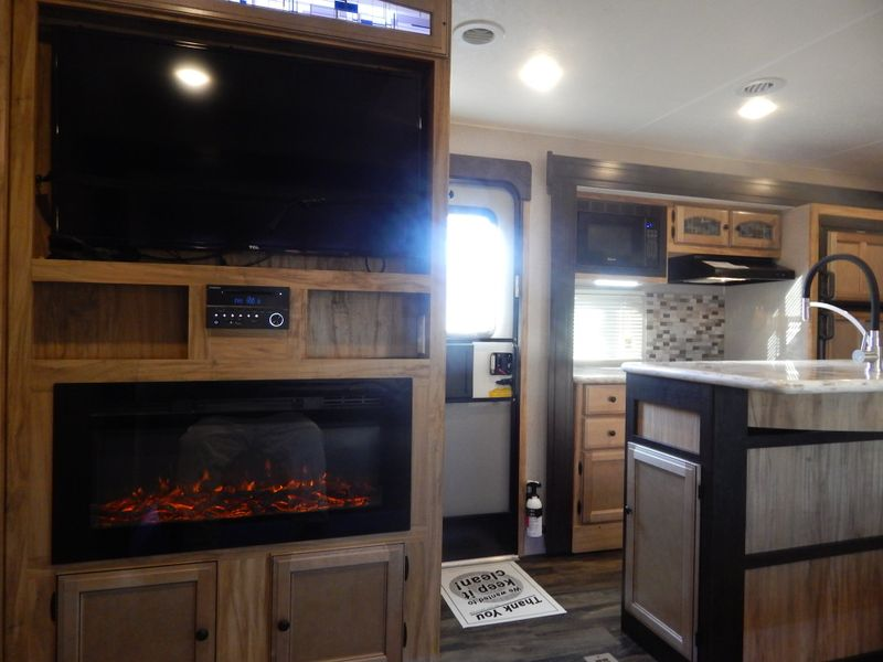 2019 Coachmen Freedom Express 320 BHDS  in Charleston, SC