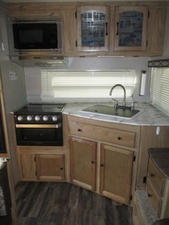 2019 Coachmen Freedom Ultra Lite Express 246RKS  city Florida  RV World of Hudson Inc  in Hudson, Florida
