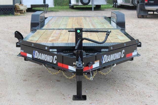 2019 Diamond C HDT - 24 Hydraulic Tilt Equipment Trailer CONROE, TX 3