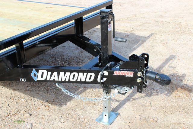 2019 Diamond C RC - 18 CAR HAULER WOOD FLOOR CONROE, TX 4