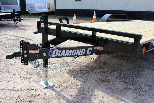 2019 Diamond C RC - 18 CAR HAULER WOOD FLOOR CONROE, TX 7