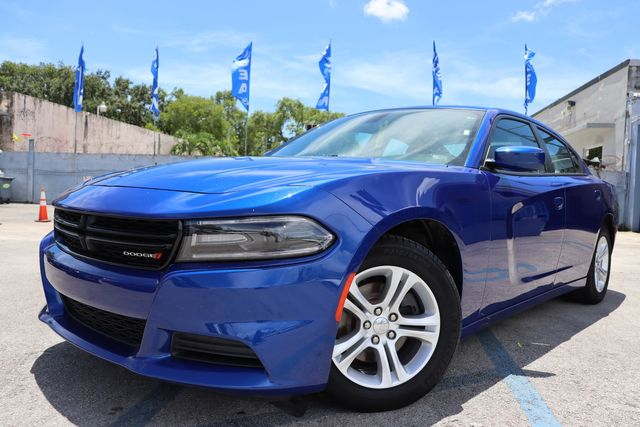 2019 Dodge Charger SXT in Miami, FL 33142