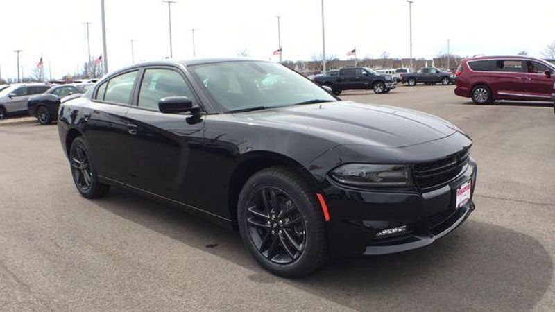 2019 Dodge Charger SXT  in Victoria, MN