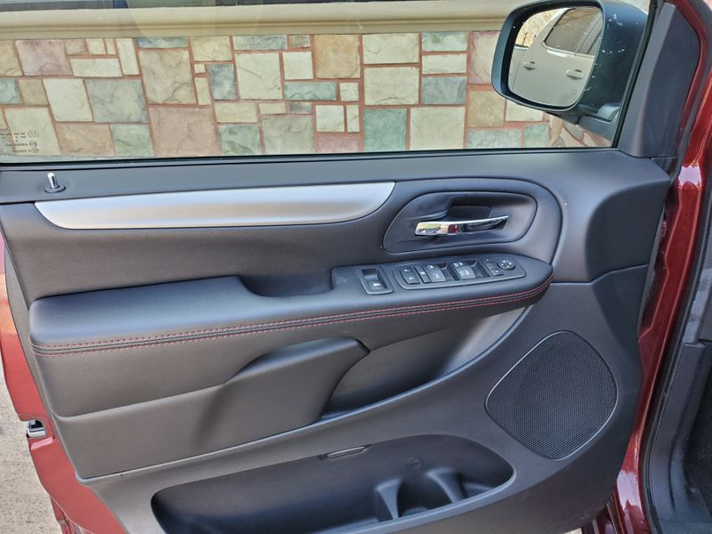 2019 Dodge Grand Caravan GT  Brownsville TX  English Motors  in Brownsville, TX