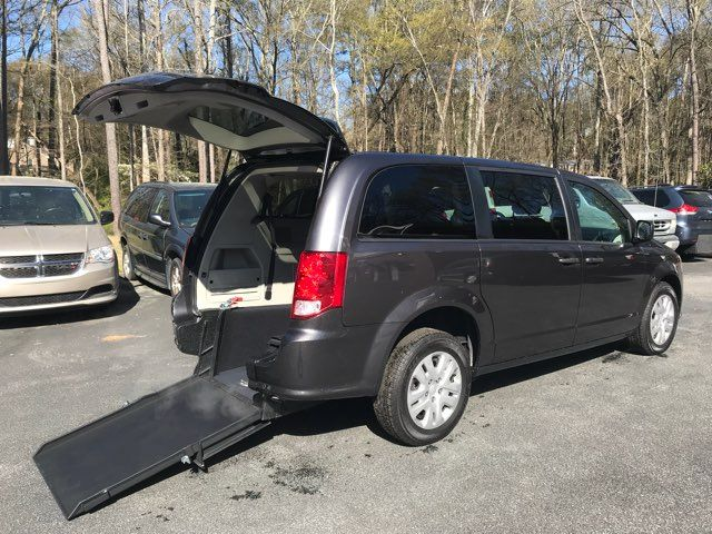 2019 Dodge Grand Caravan handicap wheelchair accessible van Dallas, Georgia 1