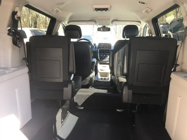 2019 Dodge Grand Caravan handicap wheelchair accessible van Dallas, Georgia 16