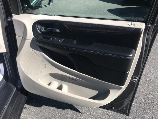 2019 Dodge Grand Caravan handicap wheelchair accessible van Dallas, Georgia 24