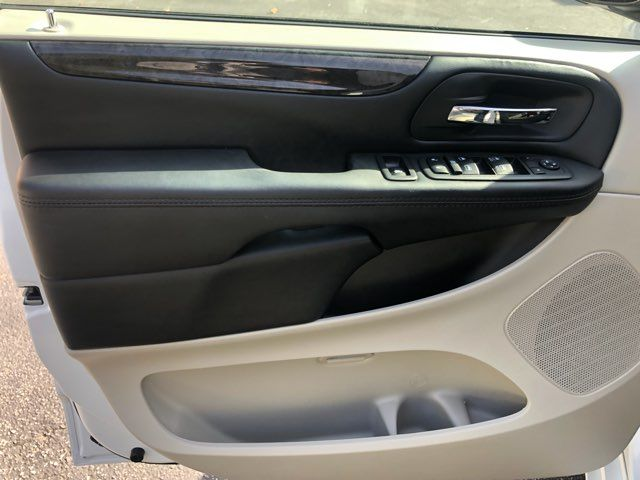 2019 Dodge Grand Caravan SE handicap wheelchair accessible rear entry Dallas, Georgia 10
