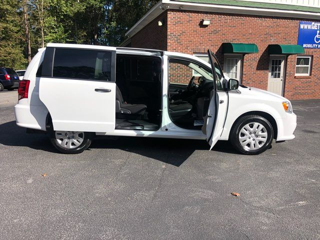 2019 Dodge Grand Caravan SE handicap wheelchair accessible rear entry Dallas, Georgia 17