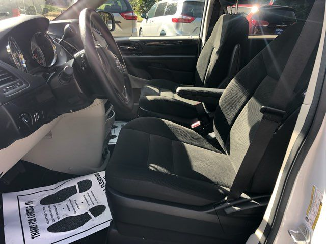 2019 Dodge Grand Caravan SE handicap wheelchair accessible rear entry Dallas, Georgia 9