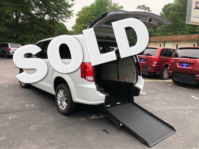 2019 Dodge Grand Caravan SXT handicap wheelchair in Dallas, Georgia 30132
