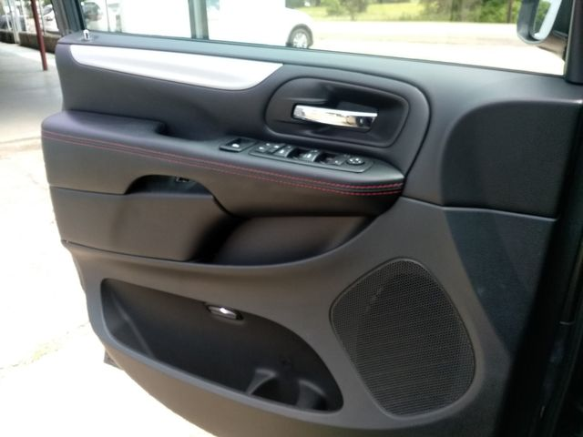 2019 Dodge Grand Caravan GT Houston, Mississippi 21