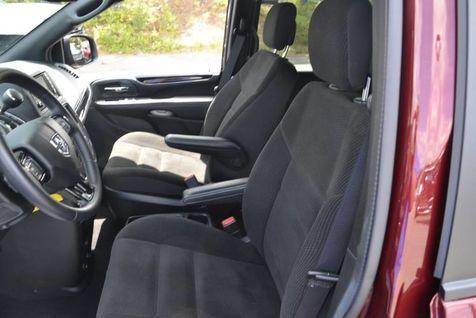 2019 Dodge Grand Caravan SE Plus | Huntsville, Alabama | Landers Mclarty DCJ & Subaru in Huntsville, Alabama