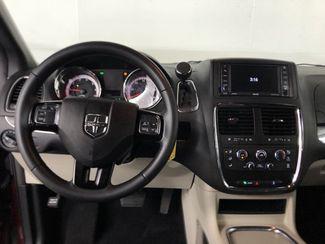 2019 Dodge Grand Caravan SXT  city Louisiana  Billy Navarre Certified  in Lake Charles, Louisiana