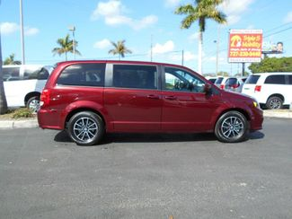 2019 Dodge Grand Caravan Se Plus Wheelchair Van Handicap Ramp Van Pinellas Park, Florida 1