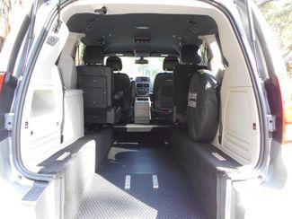 2019 Dodge Grand Caravan Sxt Wheelchair Van Handicap Ramp Van Pinellas Park, Florida 5