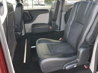 2019 Dodge Grand Caravan Sxt Wheelchair Van Handicap Ramp Van Pinellas Park, Florida 13