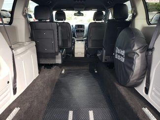 2019 Dodge Grand Caravan Sxt Wheelchair Van Handicap Ramp Van Pinellas Park, Florida 17