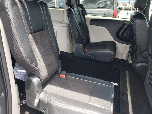 2019 Dodge Grand Caravan Sxt Wheelchair Van Handicap Ramp Van Pinellas Park, Florida 19