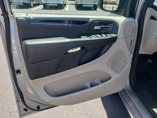 2019 Dodge Grand Caravan Sxt Wheelchair Van Handicap Ramp Van Pinellas Park, Florida 12