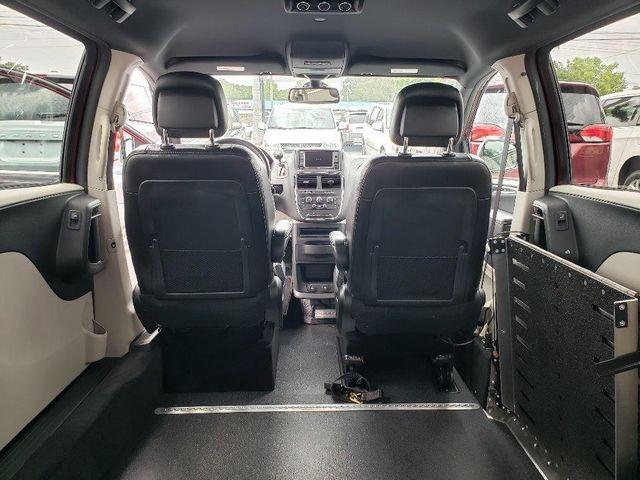 2019 Dodge Grand Caravan Sxt Wheelchair Van Handicap Ramp Van Pinellas Park, Florida 12