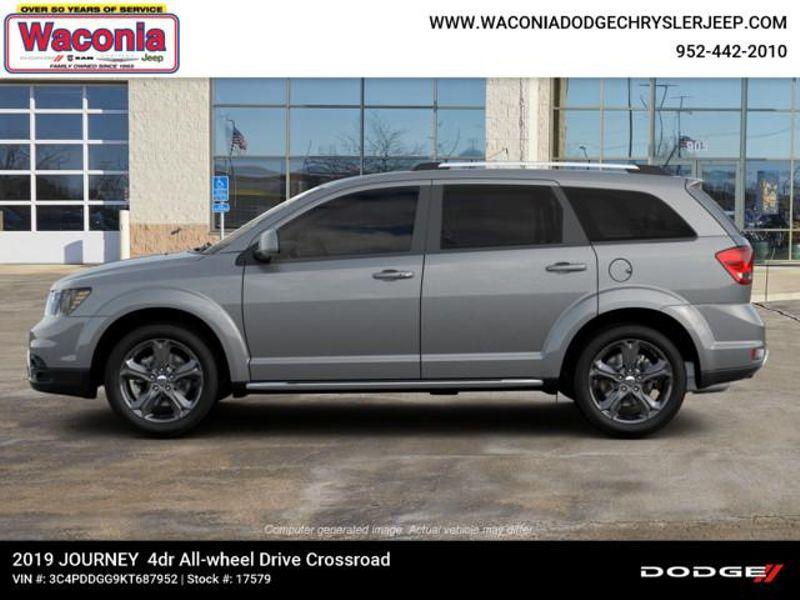 2019 Dodge Journey Crossroad  in Victoria, MN
