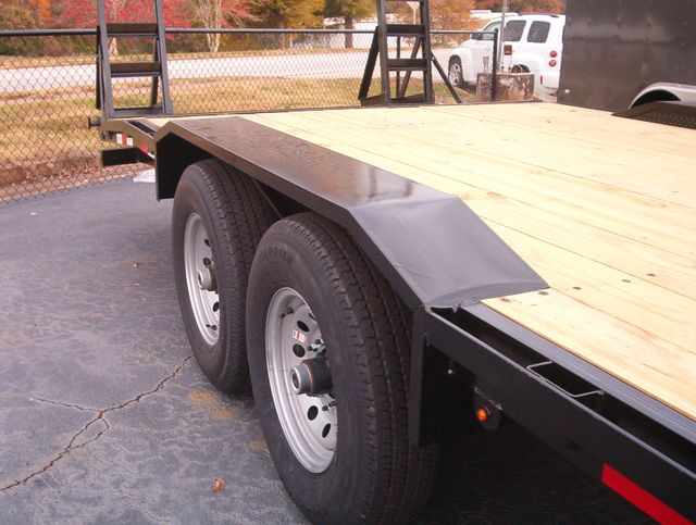 2019 Down To Earth 24 Ft Drive Over 7 Ton Trailer in Madison, Georgia 30650
