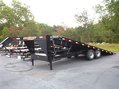 2019 Down To Earth 24 Ft Gooseneck 7 ton Power Deckover  in Madison