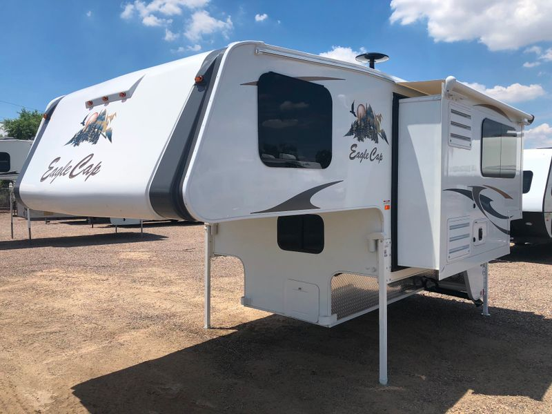 2019 Eagle Cap 811   in Phoenix AZ