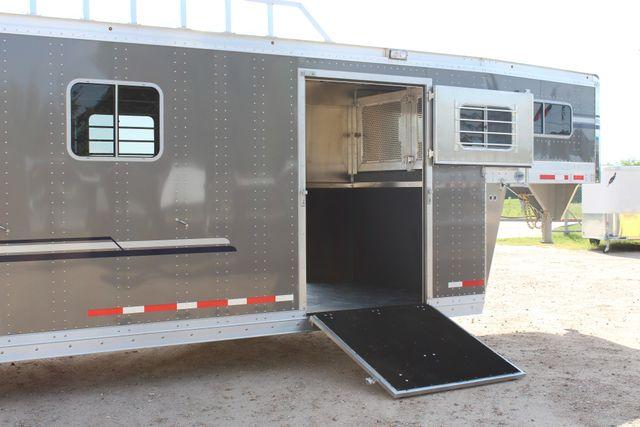 2019 Eby Legacy Series 5 + 1 Horse Slant Load CONROE, TX 32