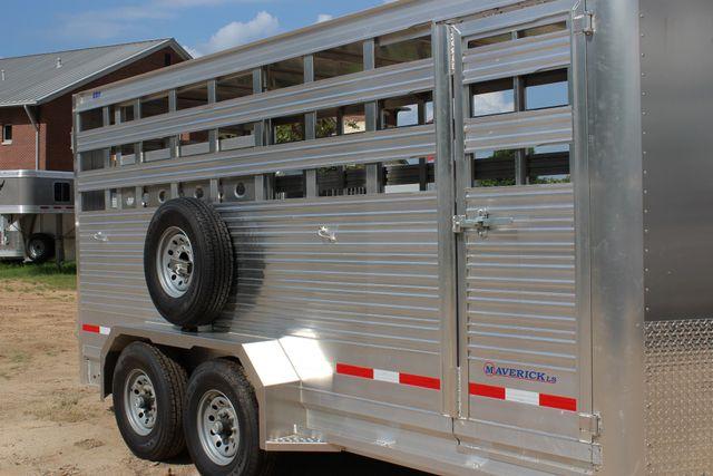 2019 Eby MAVERICK LS Livestock Cattle CONROE, TX 1