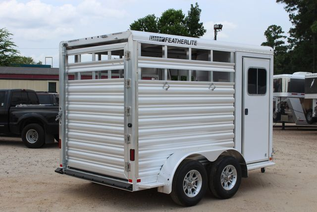 2019 Featherlite 9651 STOCK STYLE 2H SLANT LOAD WITH DRESSING ROOM CONROE, TX 22