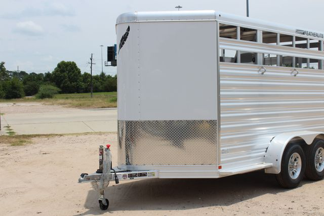 2019 Featherlite 9651 STOCK STYLE 2H SLANT LOAD WITH DRESSING ROOM CONROE, TX 4