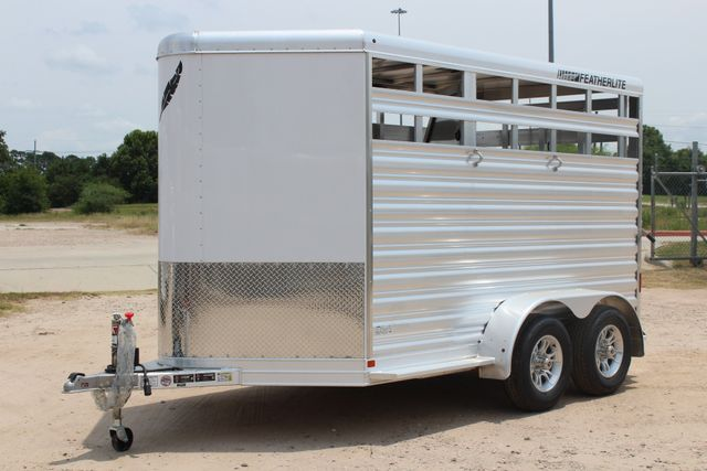 2019 Featherlite 9651 STOCK STYLE 2H SLANT LOAD WITH DRESSING ROOM CONROE, TX 6