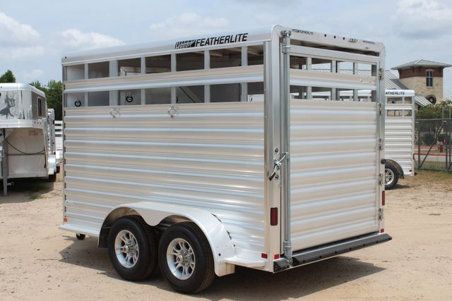 2019 Featherlite 9651 STOCK STYLE 2H SLANT LOAD WITH DRESSING ROOM CONROE, TX 8