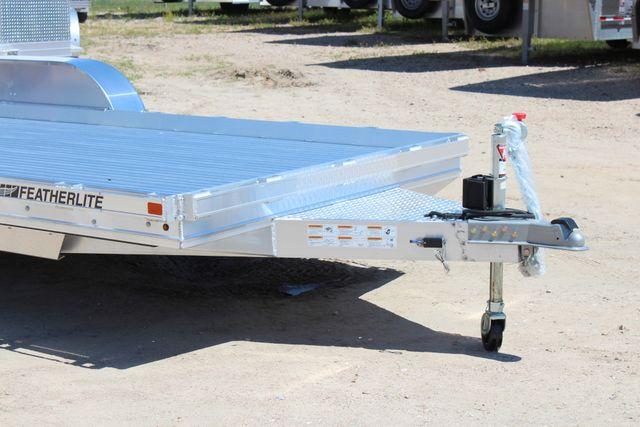 2019 Featherlite 3110 17' OPEN CAR TRAILER W/ 4.8K AXLES & RUB RAILS CONROE, TX 2