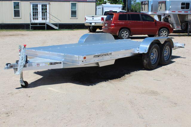 2019 Featherlite 3110 17' OPEN CAR TRAILER W/ 4.8K AXLES & RUB RAILS CONROE, TX 7