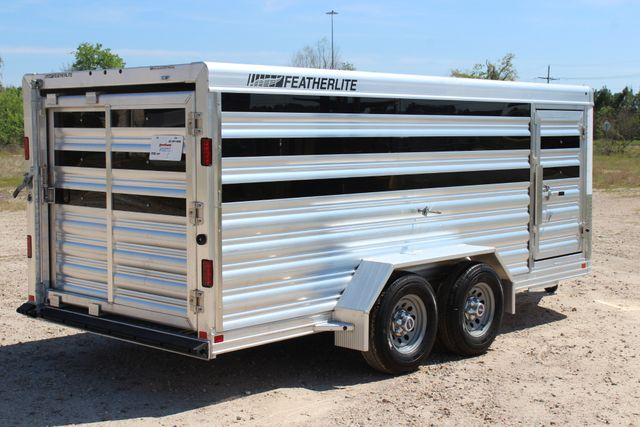 2019 Featherlite 8107 16' LO-PRO STOCK TRAILER SLIDING CUT GATES CONROE, TX 18