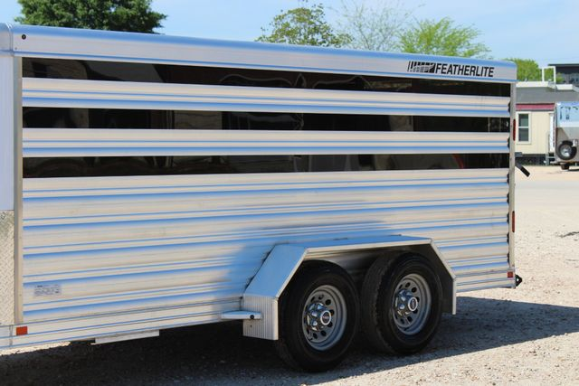 2019 Featherlite 8107 16' LO-PRO STOCK TRAILER SLIDING CUT GATES CONROE, TX 8