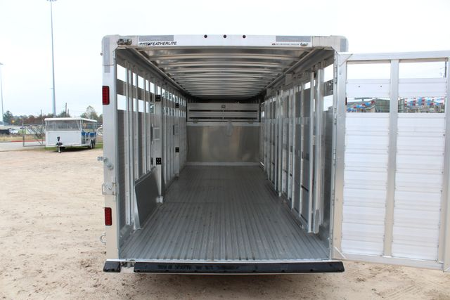 2019 Featherlite 8127 - 24 24' LIVESTOCK CATTLE GN TRAILER WITH 2 CUT GATES CONROE, TX 18