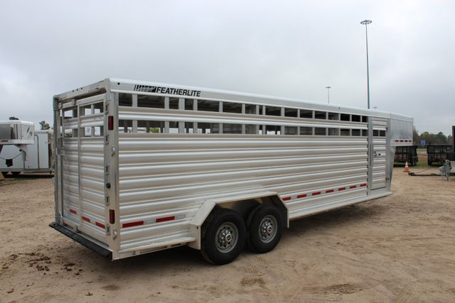 2019 Featherlite 8127 - 24 24' LIVESTOCK CATTLE GN TRAILER WITH 2 CUT GATES CONROE, TX 29
