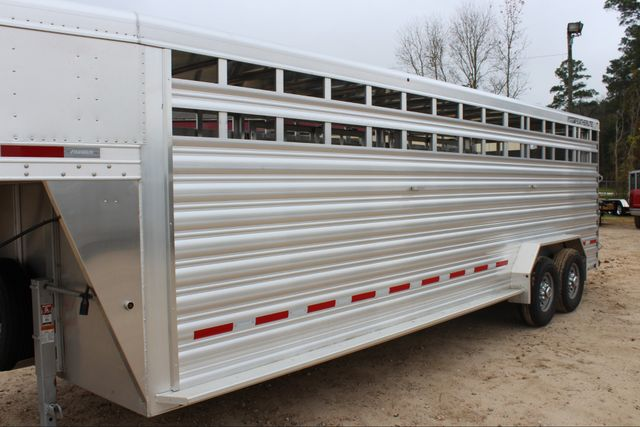 2019 Featherlite 8127 LIVESTOCK CATTLE GN TRAILER WITH 2 CUT GATES CONROE, TX 6
