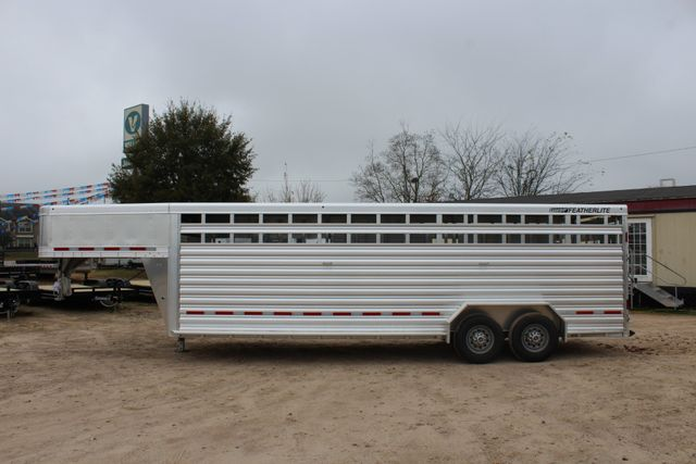 2019 Featherlite 8127 LIVESTOCK CATTLE GN TRAILER WITH 2 CUT GATES CONROE, TX 9