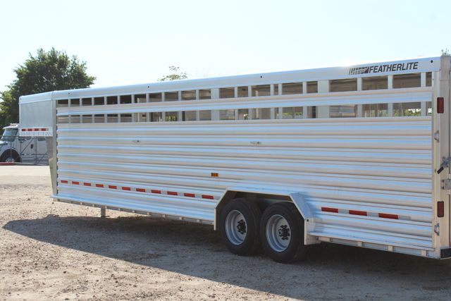 2019 Featherlite 8127 - 30 30' CATTLE TRAILER - 7'6 WIDE - DROP WALL VENTS CONROE, TX 11