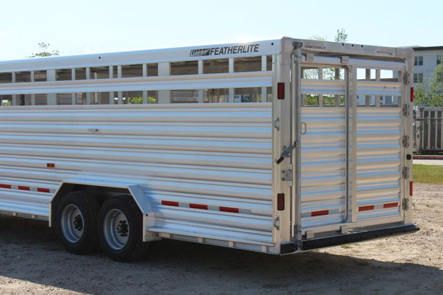 2019 Featherlite 8127 - 30 30' CATTLE TRAILER - 7'6 WIDE - DROP WALL VENTS CONROE, TX 12