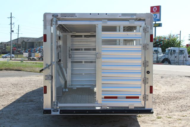 2019 Featherlite 8127 - 30 30' CATTLE TRAILER - 7'6 WIDE - DROP WALL VENTS CONROE, TX 14