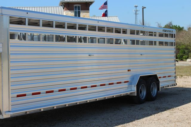 2019 Featherlite 8127 - 30 30' CATTLE TRAILER - 7'6 WIDE - DROP WALL VENTS CONROE, TX 6