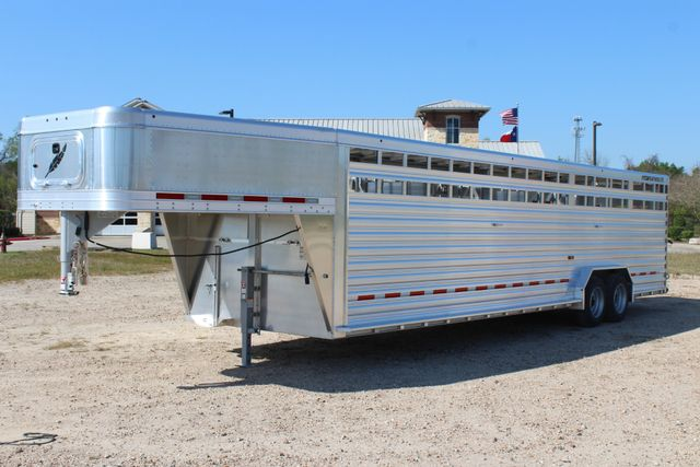 2019 Featherlite 8127 - 30 30' CATTLE TRAILER - 7'6 WIDE - DROP WALL VENTS CONROE, TX 7