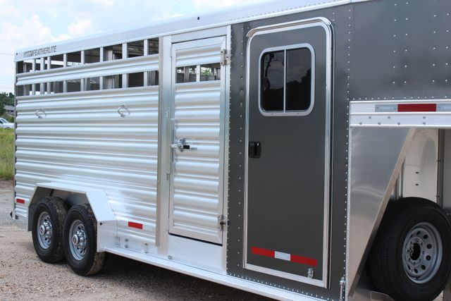 2019 Featherlite 8413 - STOCK/ COMBO 20' - Straight Wall Tack CONROE, TX 1