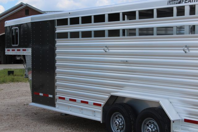 2019 Featherlite 8413 - STOCK/ COMBO 20' - Straight Wall Tack CONROE, TX 10